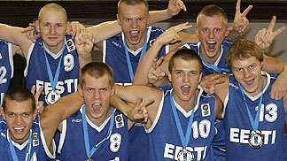Estonia celebrating their silver medal and promotion to Division A